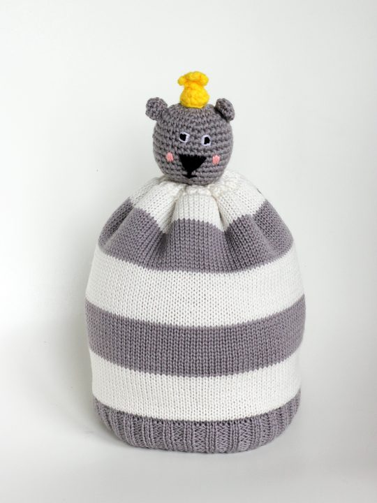 Braveling_Bear-Hug-Yellow_Bobble-Beanie